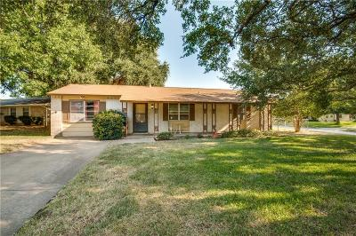 Euless Single Family Home For Sale: 608 Midway Drive W
