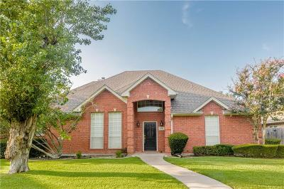 Benbrook Single Family Home For Sale: 6700 Hillside Drive