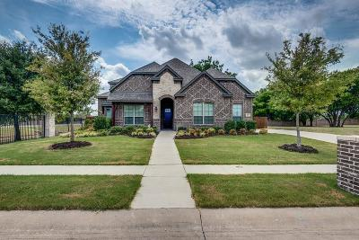 Waxahachie Single Family Home For Sale: 103 Water Garden Drive