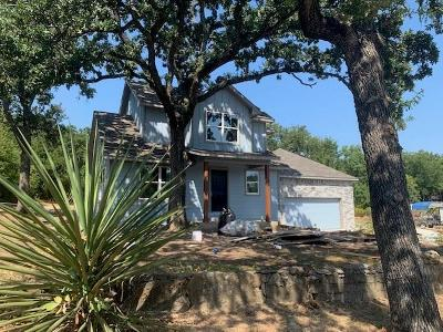 Azle Single Family Home For Sale: 305 Lakeside Drive