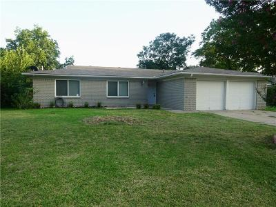 North Richland Hills Residential Lease For Lease: 7024 Shauna Drive