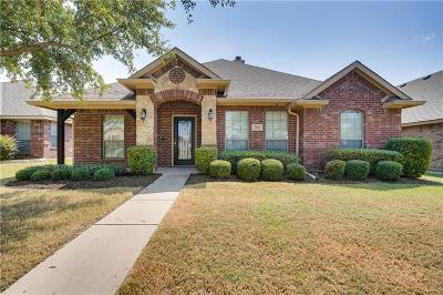 Red Oak Single Family Home For Sale: 206 Cool Meadows Lane