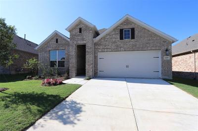 Celina Single Family Home For Sale: 1109 Bluebird Way