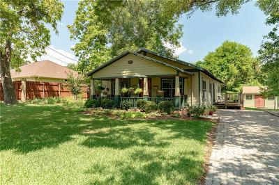 Grapevine Single Family Home For Sale: 704 W College Street