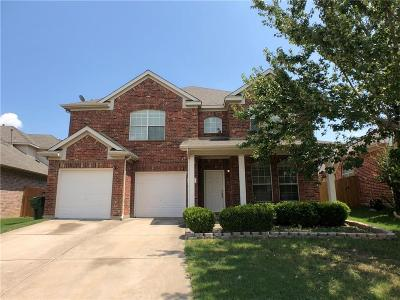 Garland Single Family Home For Sale: 810 Grove Drive