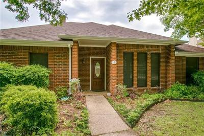 Richardson Single Family Home For Sale: 2702 Foxboro Drive