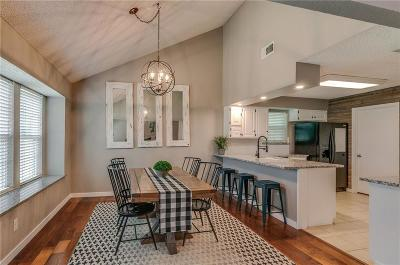Bedford Single Family Home For Sale: 3224 Royal Court