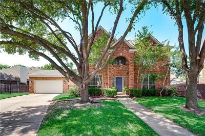 Grapevine Single Family Home For Sale: 3316 Briar Cove