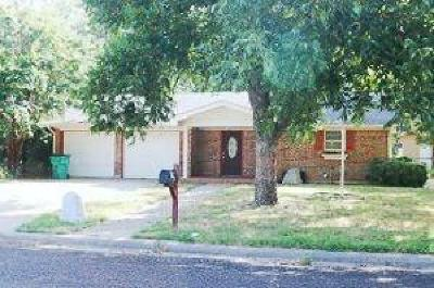 Erath County Single Family Home For Sale: 1155 N Lillian Street