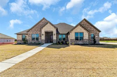 Waxahachie Single Family Home For Sale: 120 Sapphire Lane