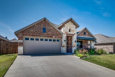 Waxahachie Single Family Home For Sale: 220 Valley View Drive