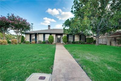 Single Family Home For Sale: 7446 La Sobrina Drive
