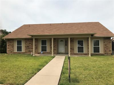 Grand Prairie Single Family Home For Sale: 622 Redwood Drive