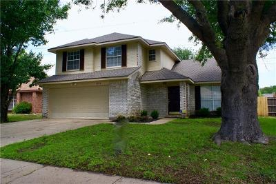 Grand Prairie Single Family Home For Sale: 2868 Red Oak Drive