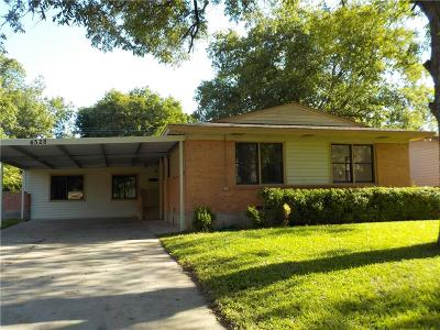 Oak Cliff Single Family Home For Sale: 4328 Vanette Lane