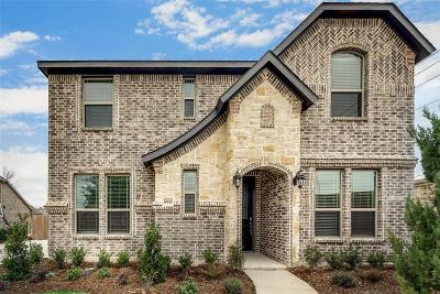 Tarrant County Single Family Home For Sale: 6933 Chisholm Trail