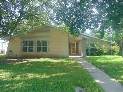 Lewisville Single Family Home For Sale: 1357 Forestglen Drive