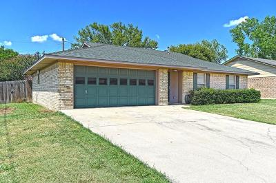 Sanger Single Family Home Active Option Contract: 101 Stephen Drive