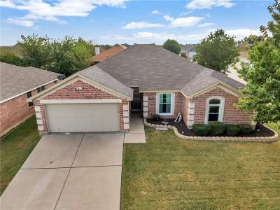Arlington Single Family Home For Sale: 8004 Blue Duck Trail
