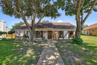 Mesquite Single Family Home For Sale: 1704 Yorkshire Drive