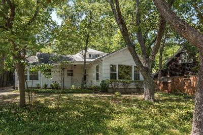 Dallas County Single Family Home For Sale: 1233 Woodlawn Avenue