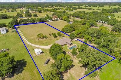 Edgewood Single Family Home Active Option Contract: 211 Vz County Road 3617