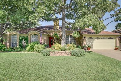 North Richland Hills Single Family Home For Sale: 7229 Timberidge Drive