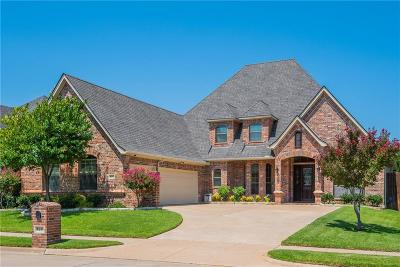 North Richland Hills Single Family Home For Sale: 8217 Forest Glenn