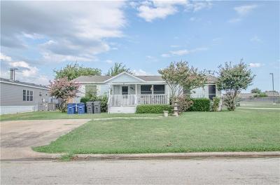Little Elm Single Family Home For Sale: 487 Castleridge Drive