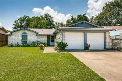 Garland Single Family Home For Sale: 1526 Meadow Way