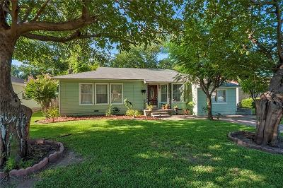 Garland Single Family Home For Sale: 1412 Dent Street