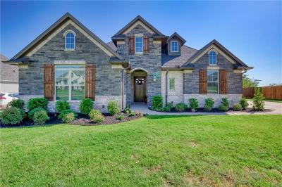 Burleson Single Family Home Active Contingent: 712 Prairie Timber Road