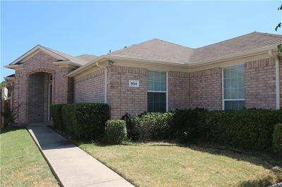 Euless Single Family Home Active Option Contract: 804 E Alexander Lane