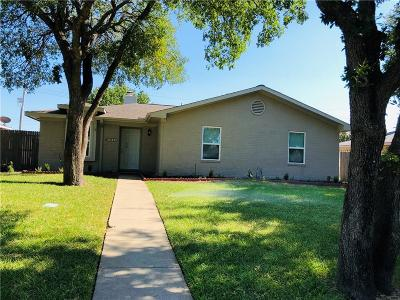 Lewisville Single Family Home For Sale: 1662 Belltower Drive