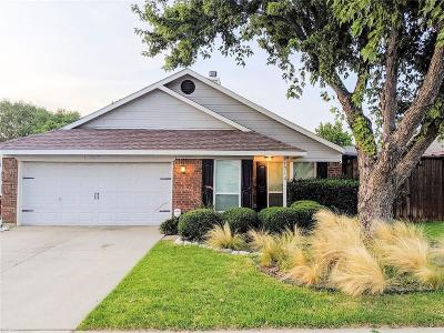 Grapevine TX Single Family Home Active Option Contract: $285,000