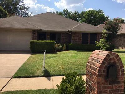 North Richland Hills Residential Lease For Lease: 6729 Mesa Drive