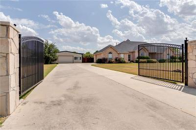 Justin Single Family Home For Sale: 521 N Hardeman Circle