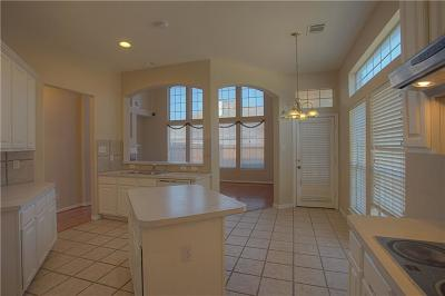 Irving Single Family Home For Sale: 8619 Oak Valley Court