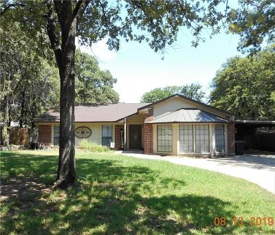 Azle Single Family Home Active Contingent: 405 Greenleaf Drive