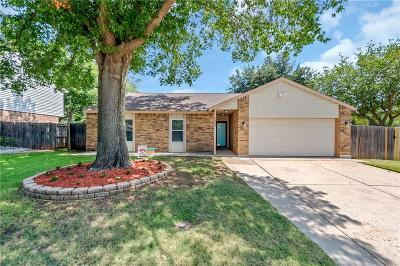 Flower Mound Single Family Home For Sale: 3800 N Magnolia Court