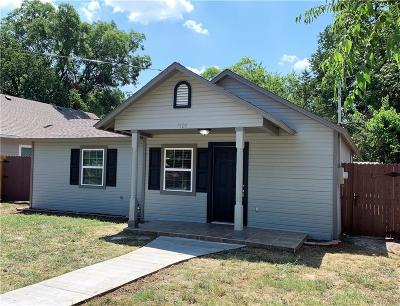 Cooke County Single Family Home Active Option Contract: 1105 S Morris Street