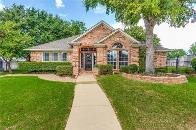 North Richland Hills Single Family Home For Sale: 8800 Thorndale Court