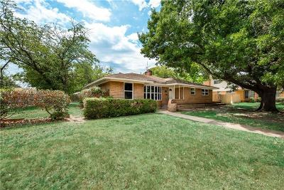 Dallas County Single Family Home For Sale: 3852 Shady Hollow Lane