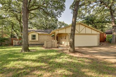 Tarrant County Single Family Home For Sale: 5512 Cactus Court
