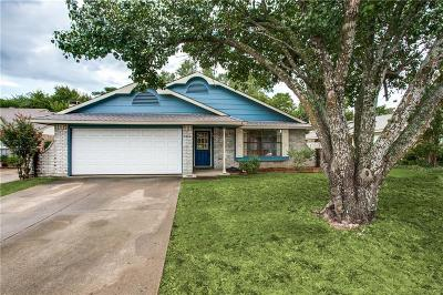 Garland Single Family Home For Sale: 2410 Sword Drive