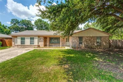 North Richland Hills Single Family Home For Sale: 6609 Circleview Court