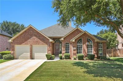 Flower Mound Single Family Home For Sale: 1204 Chinkapin Place