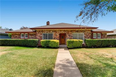 Carrollton Single Family Home For Sale: 1912 Kentwood Lane