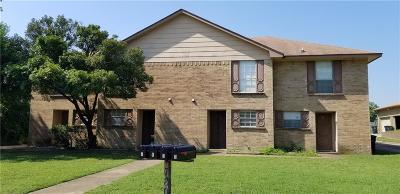 Fort Worth Multi Family Home For Sale: 7808 Ashe Court