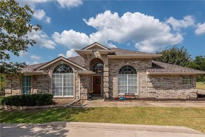 Fort Worth Single Family Home For Sale: 8700 Township Court
